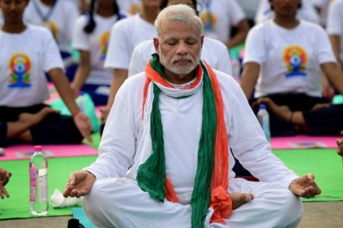 Narendra Modi leads International Yoga Day in Lucknow